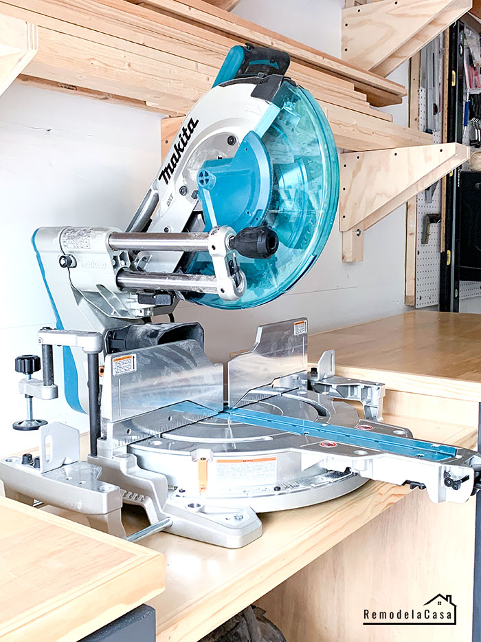 DIY Miter saw station for Makita