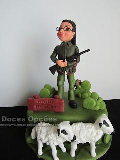Bolo de aniversário caçadora