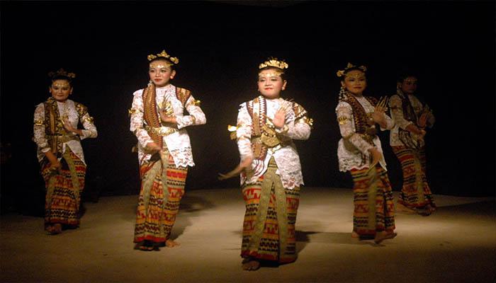 Tari Cangget, Tarian Tradisional Dari Lampung