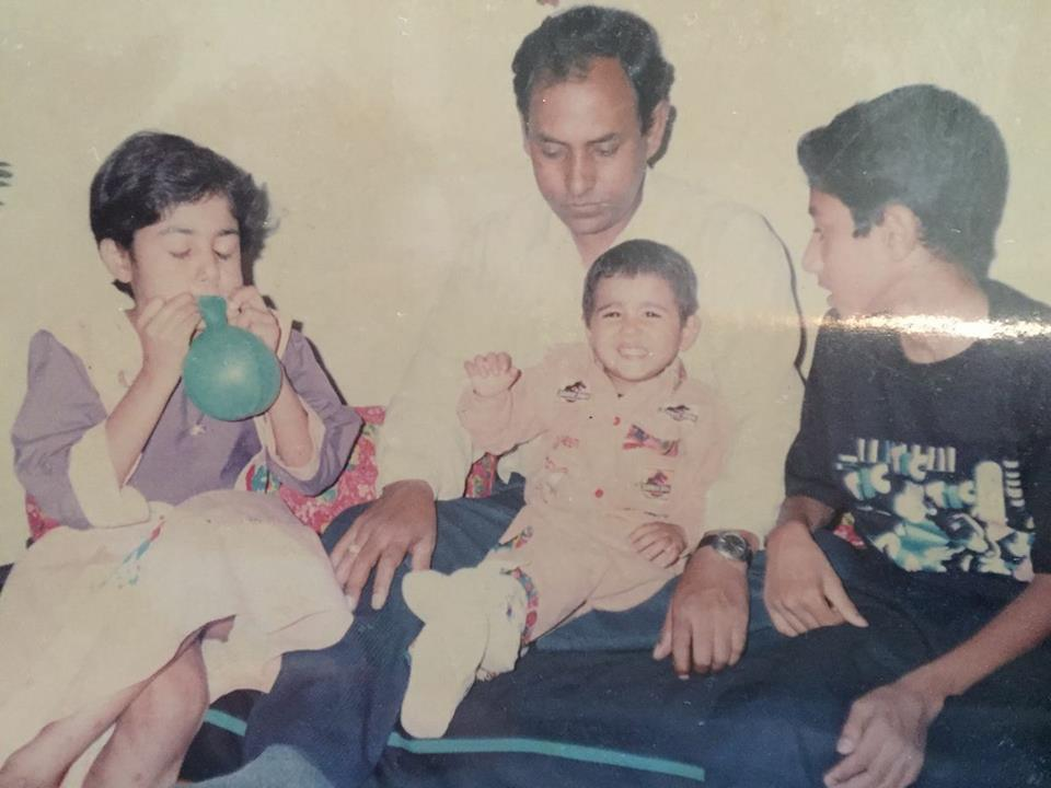 Shalini-Pandey-with-family