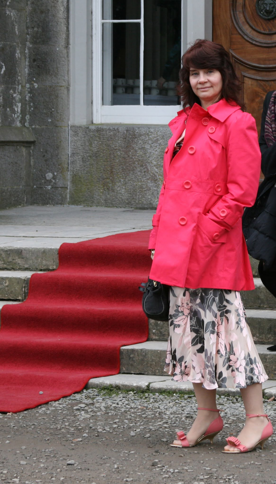 Is This Mutton blogger Gail Hanlon was not exactly dressed for a February Ireland wedding in 2009 in sandals and no tights