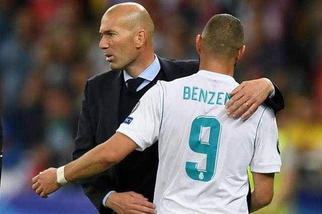 Tin HOT bóng đá sáng 8/11: HLV Zidane ví Benzema với Ronaldo