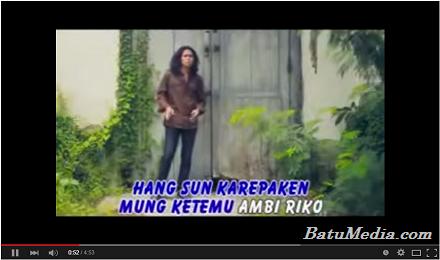 Lirik dan Video Sewates Angen - Demy