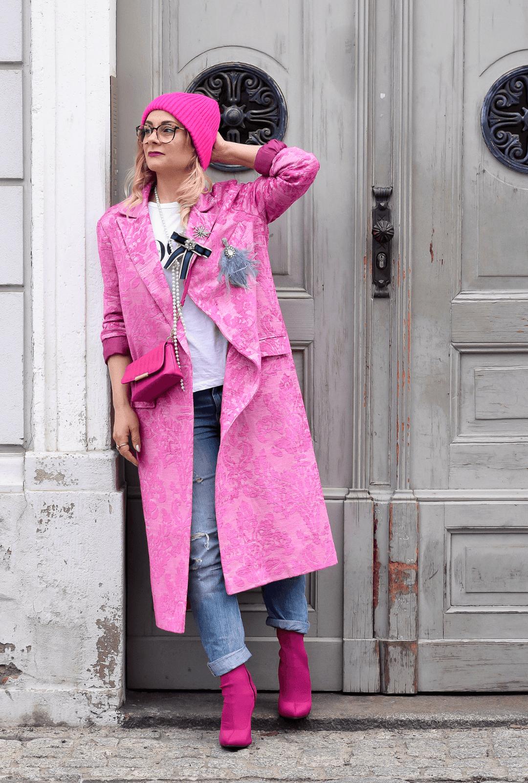 Pink-richtig-kombinieren-outfit-frauen