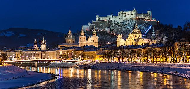 Cidade turística de Salzburg na Áustria