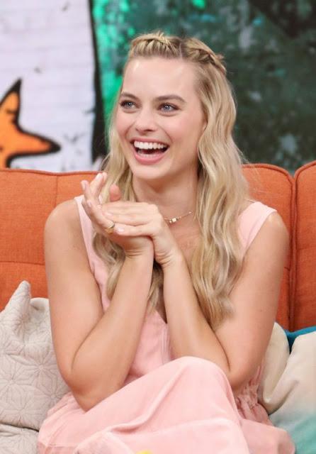 Margot Robbie at Univision's 'Despierta Americа