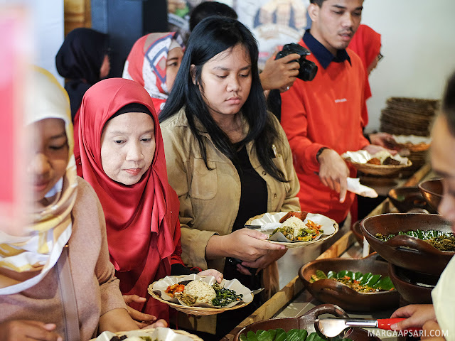 Prasmanan di Bakoel Ussy, Cawang Jakarta Review