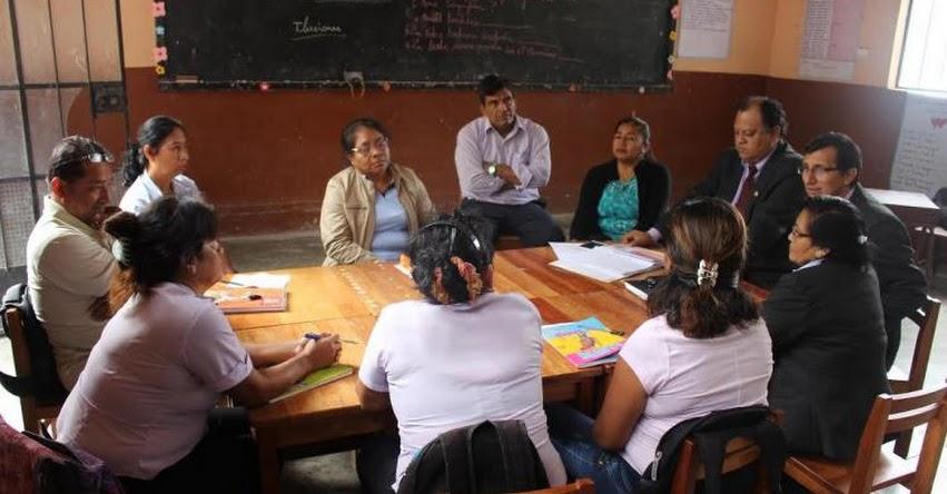Especialistas monitorean escuelas de la UGEL Chulucanas - Piura