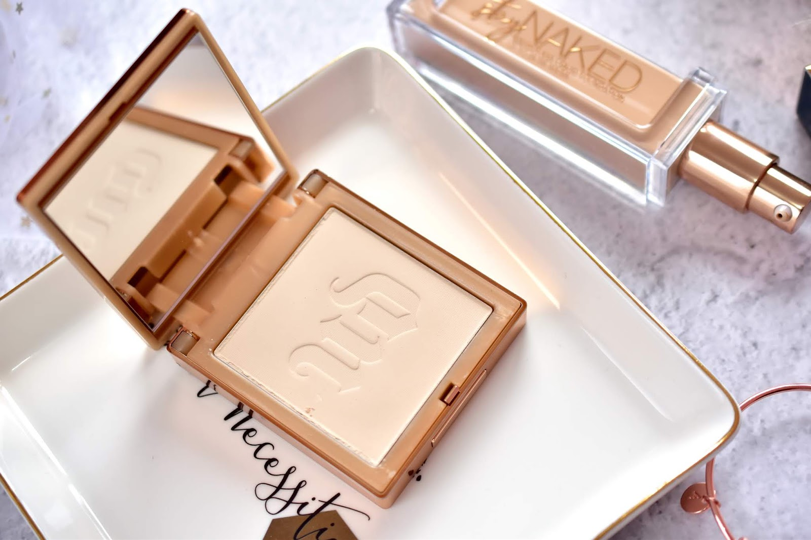 Urban Decay Stay Naked The Fix