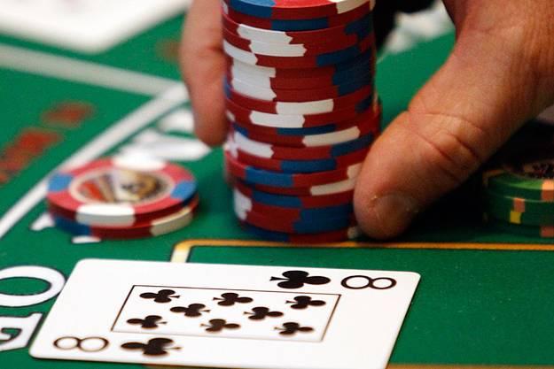 Rahasia Bermain Poker Online