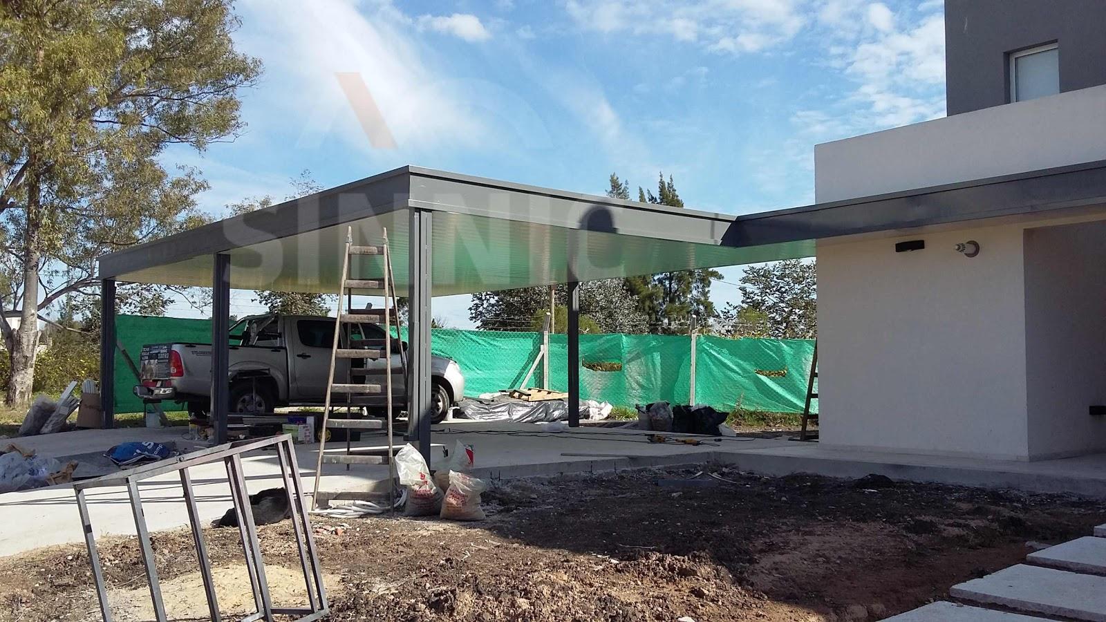 Techo de policarbonato pergolas aleros techos de chapa for Techos rusticos para galerias