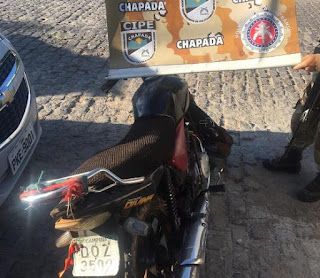 Homem com moto roubada