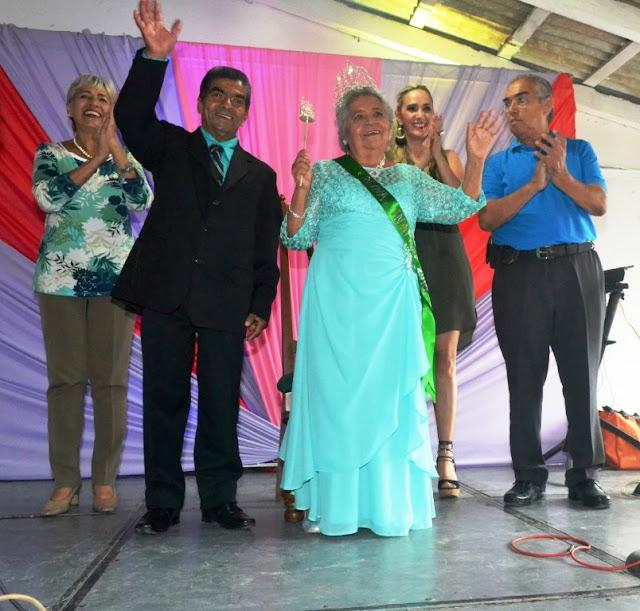 Aurora Arlette titular del DIF prepara magno festejo por el día del abuelo