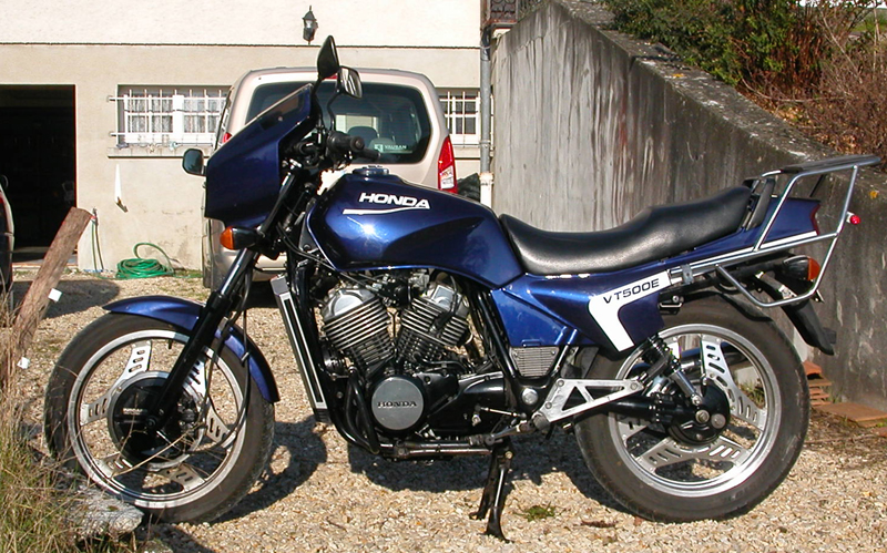 renax motorbike corner nouvelle moto honda vt500e 1988. Black Bedroom Furniture Sets. Home Design Ideas