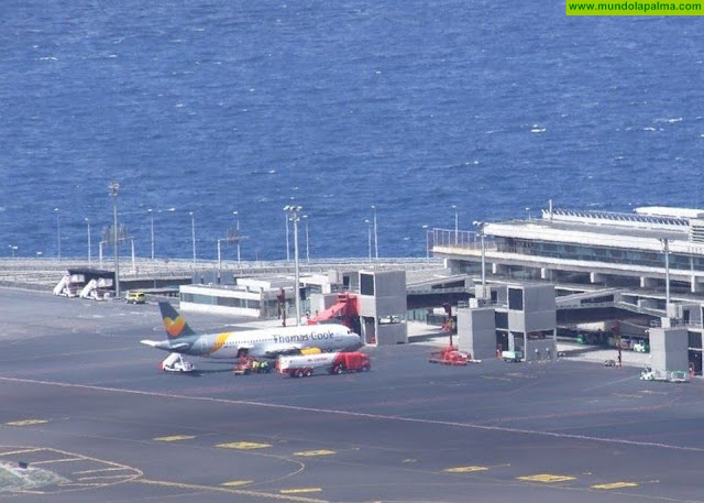 El Gobierno británico garantiza al presidente de Canarias el pago de las facturas tras la quiebra de Thomas Cook