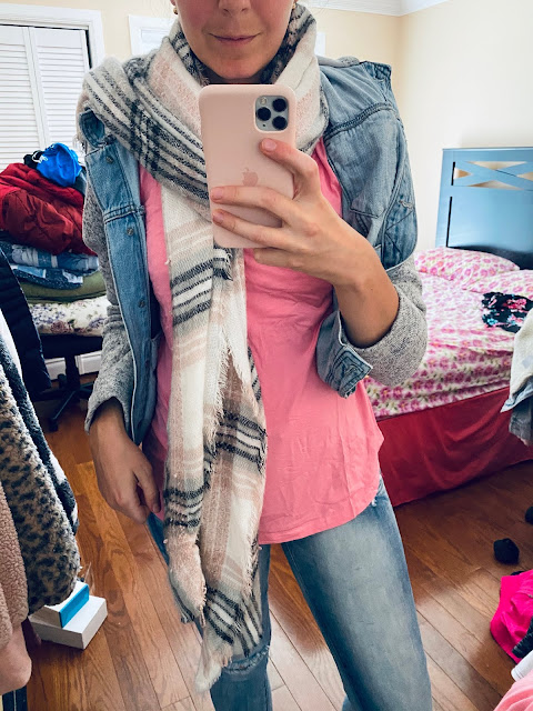 amazon clothing, amazon tops, cute, cute tops to wear in the summer, how to style a pink top, pink top, pink tunic top, summer outfits,
