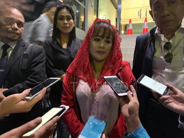 Demo Dewi Tanjung Cs Tuntut Anies Mundur Sangat Memalukan