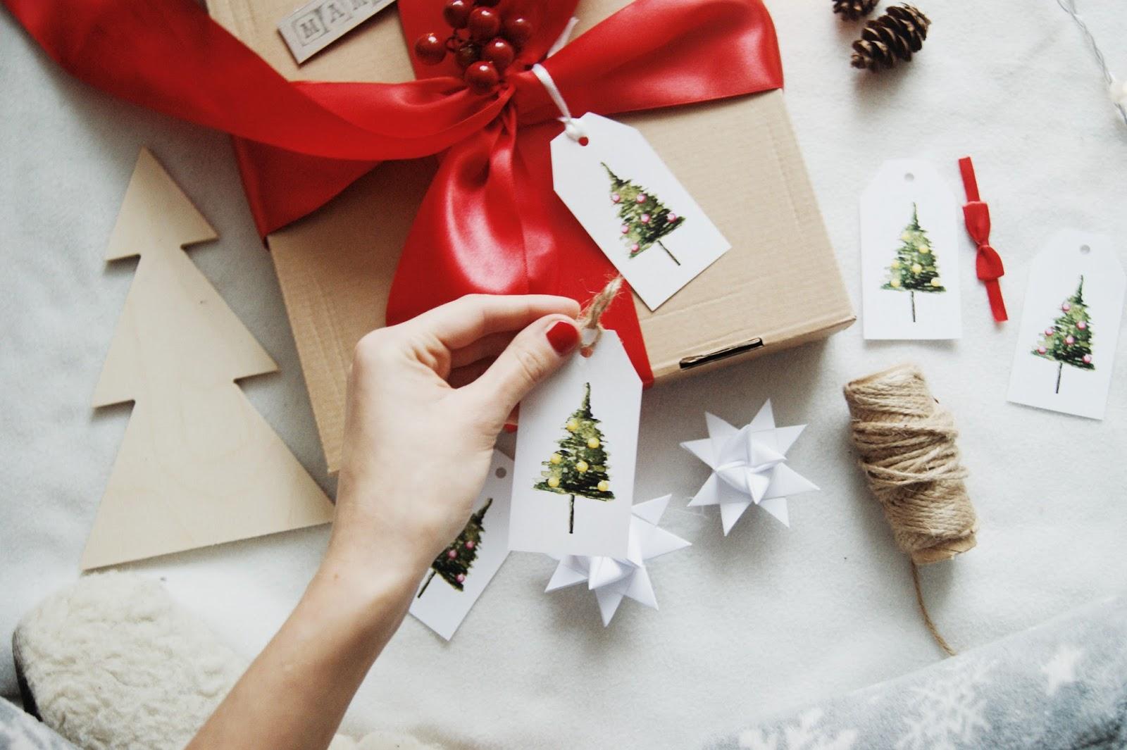 Etykietki do prezentów świątecznych do druku
