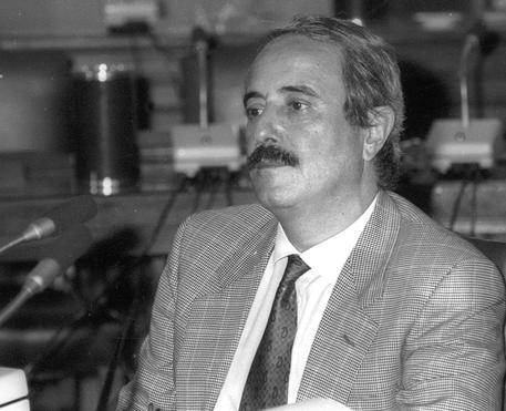 Desecretato il verbale dell'audizione del giudice Giovanni Falcone: si parla anche del delitto di Piersanti Mattarella