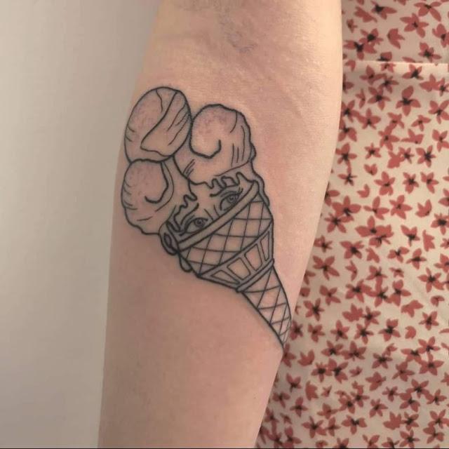 Tatuagens de sorvete para as mulheres