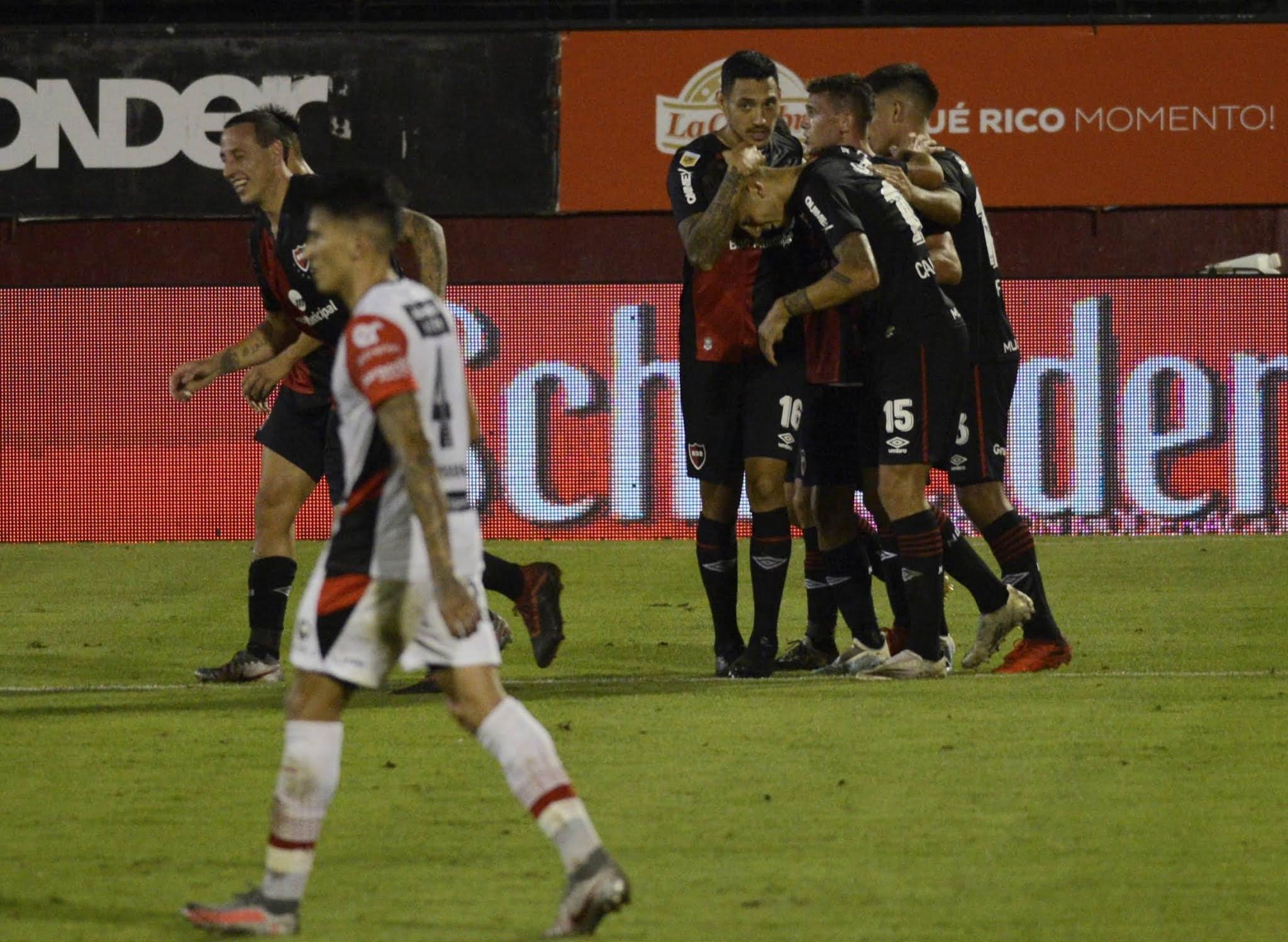 Newell's venció a Patronato y afianzó su recuperación