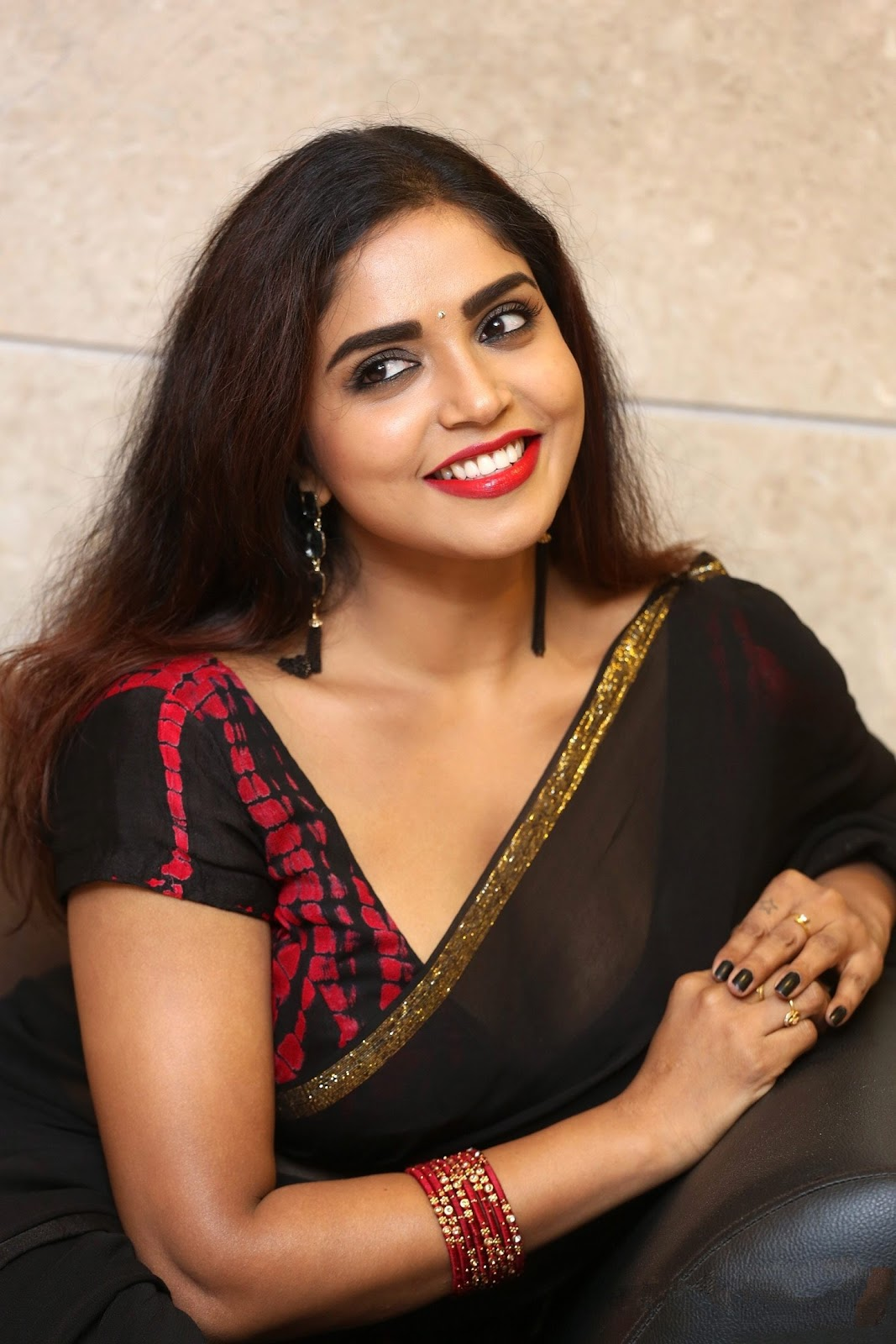 Actress Karunya Chowdary hot saree stills at 3 Monkeys Pre-Release Event
