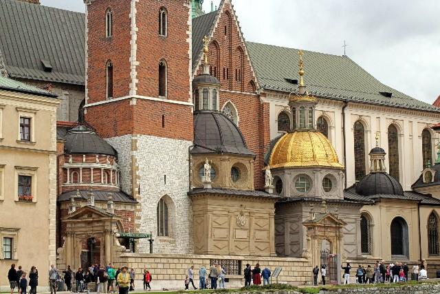 cracovia-cattedrale-castello-wawel-poracci-in-viaggio