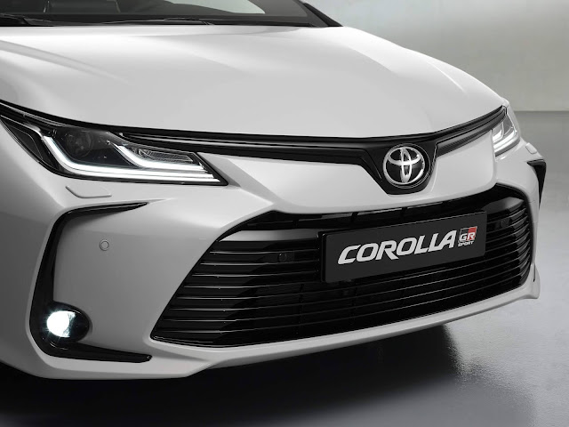 Toyota Corolla GR Sport chega ao mercado em 2021