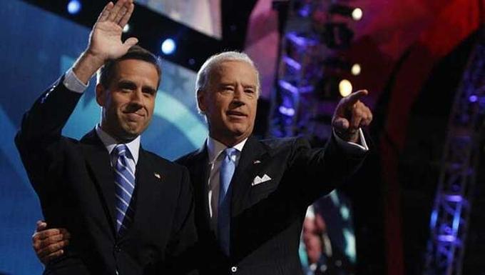 Hua-voi-con-ba-nhe-Joe-Biden