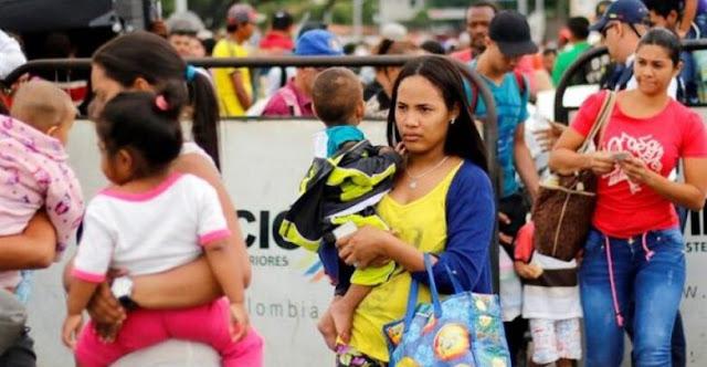 Las mujeres migrantes venezolanas en colombia trabajan más horas y devengan menos dinero
