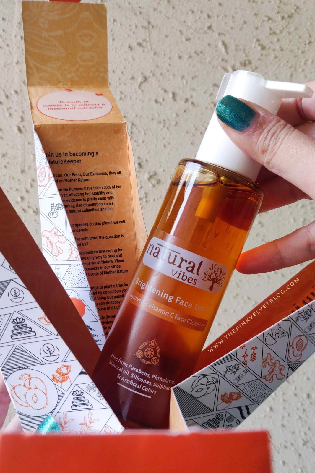 Natural Vibes Brightening Vitamin-C Ayurvedic Face Wash - Review
