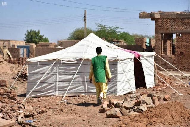 مركز الملك سلمان يوزع مساعدات لضحايا الفيضانات في السودان