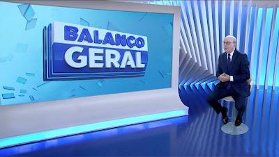 Foto: Imagem holográfica de Renato Lombardi em gravação de piloto/Divulgação Record TV