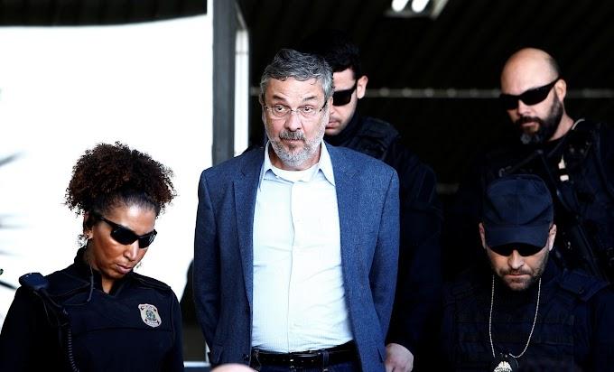 Palocci: dinheiro da 'conta' Lula de R$ 15 mi pagou passeio de Dilma