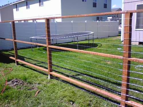 Inexpensive Fence Ideas - AyanaHouse