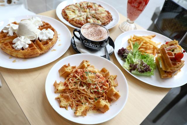 Waffles delight @ Gelare