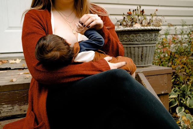 Breastfeeding Problems And Solutions | स्तनपान समस्याएं और समाधान