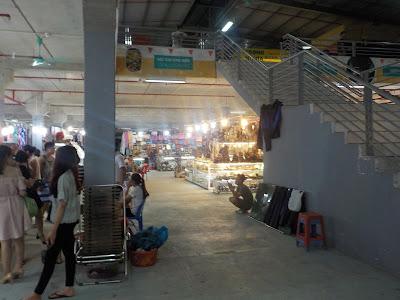 ハロン市の市場