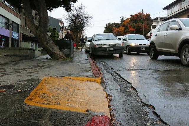 Ruas para deficientes físicos em Bariloche