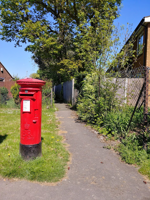 Photograph of Pillar box ER on Fellowes Lane, Roestock Image from the North Mymms History Project released under Creative Commons