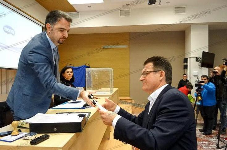 Οργή για τους Εβρίτες που δεν ψήφισαν Πέτροβιτς