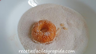 hacer rosquillas de hojaldre