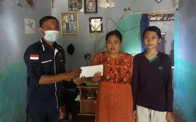 PWI Kabupaten Serang Salurkan Donasi untuk Balita Penderita Kanker Mata