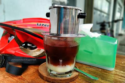 Vietnamdrip es sangat nikmat diminum ketika panas di siang hari.