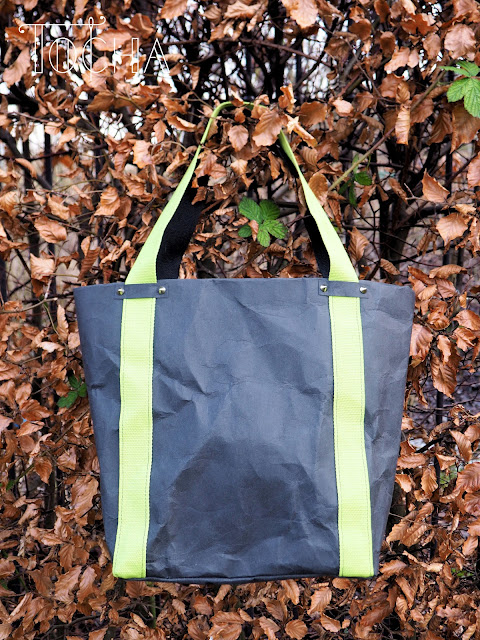 black, cellulose, cruelty-free, lime, lunch bag, paper, paper bag, pleather, tote bag, vegan, washable paper, washpapa,