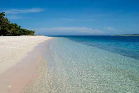 Pink Beach in Zamboanga, Sta. Cruz Island - Tourists Destination