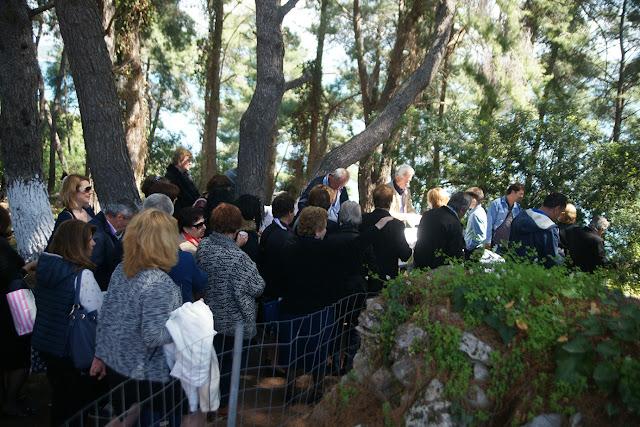 Στο Αγιονήσι πολλοί Θεσπρωτοί για τον εορτασμό της Ζωοδόχου Πηγής (Φωτό)
