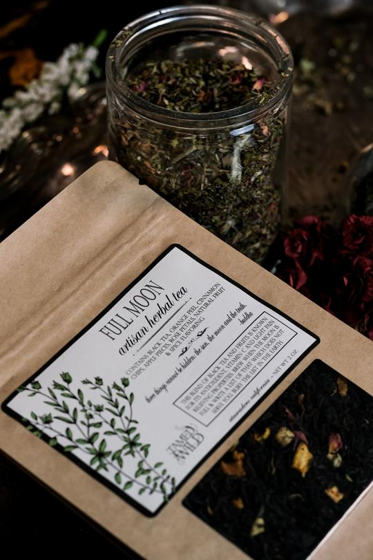 holiday, gift guide, witches, full moon tea