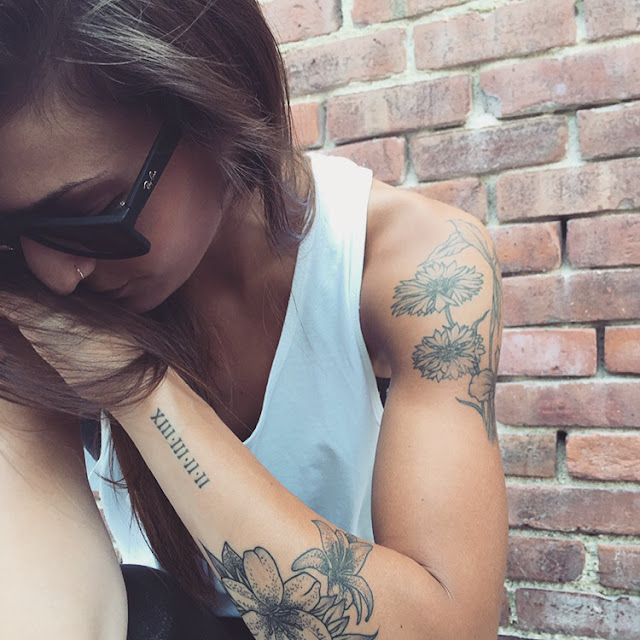 Awesome Forearm & Shoulder Feminine Tattoos