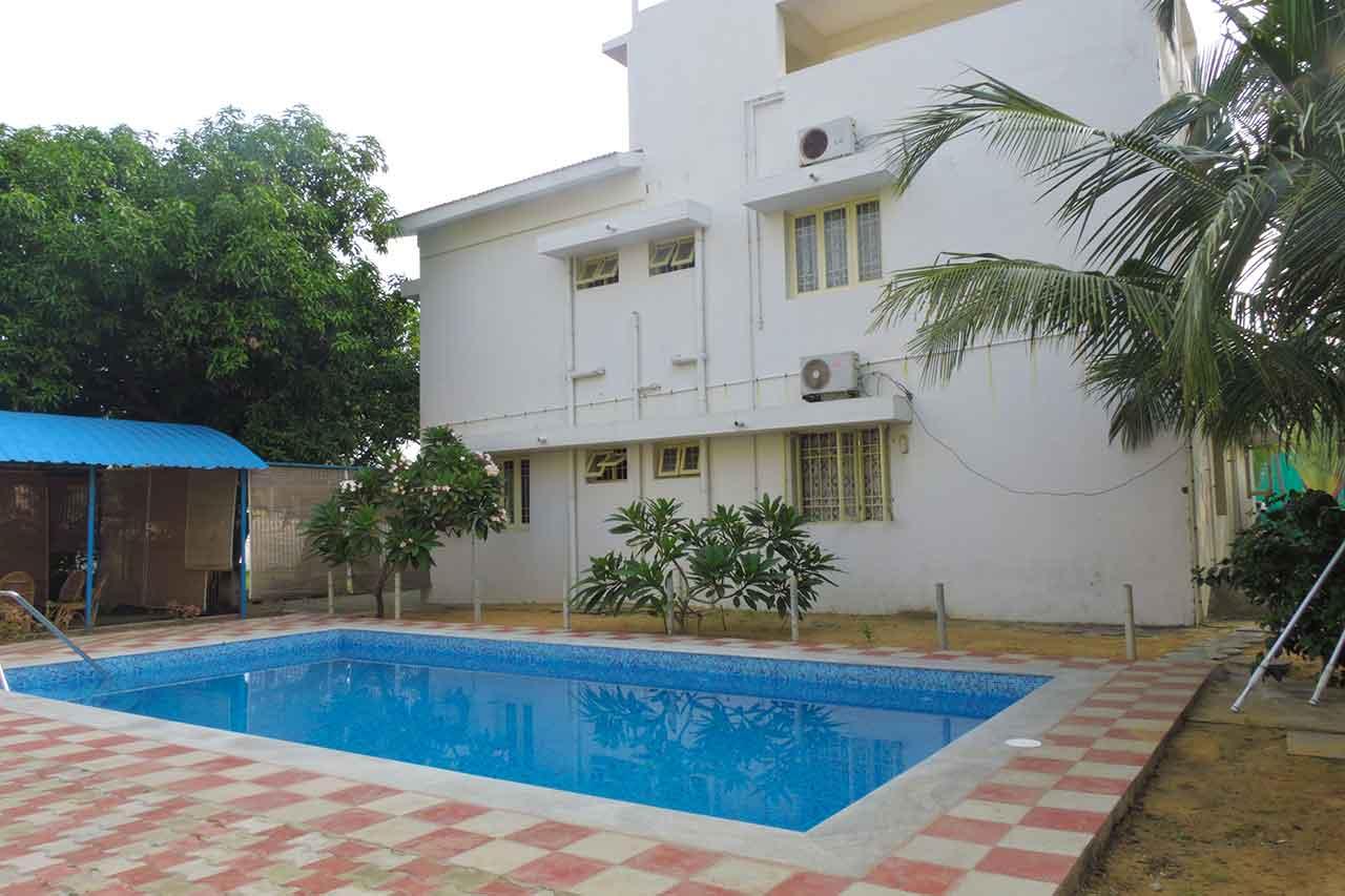 sri garden beach house ecr